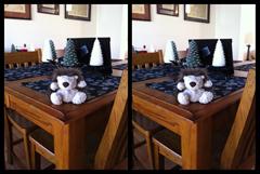 Stereogram of a toy hedgehog