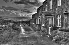 Cottages In Muker (Monochrome2 HDR preset)